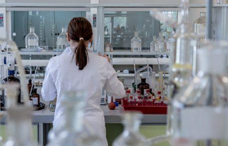 איזה ריהוט נירוסטה לבחור למעבדה?