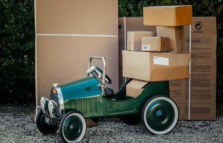 כיצד אריזות קרטון ממותגות למשלוחים תורמות משמעותית לשיווק העסק