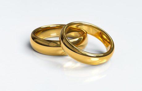 הזמנת טבעת נישואין בהזמנה אישית – משתלם או לא